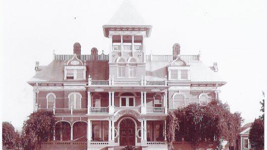 TerraceVilla 1886